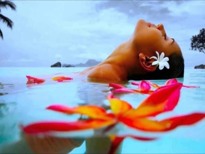 Картинки позапросу гавайский массаж